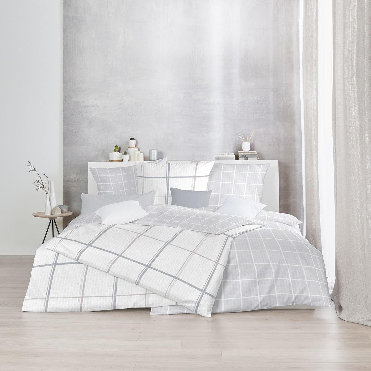 enrico coss baumwoll seersucker bettw sche molde wei grau. Black Bedroom Furniture Sets. Home Design Ideas