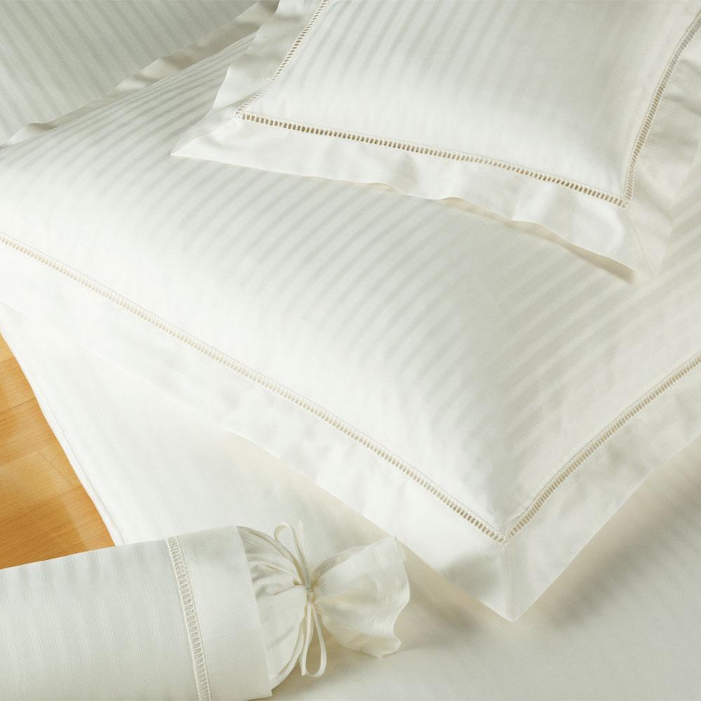 elegante bettw sche white house natur g nstig online kaufen bei bettwaren shop. Black Bedroom Furniture Sets. Home Design Ideas
