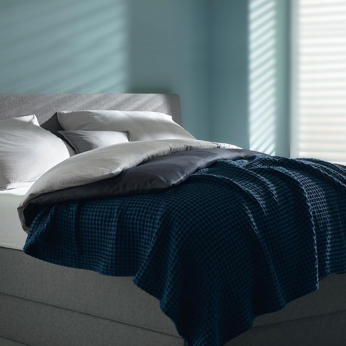 Schlafgut Casual Cotton Uni Tagesdecke 9850 Waffeloptik