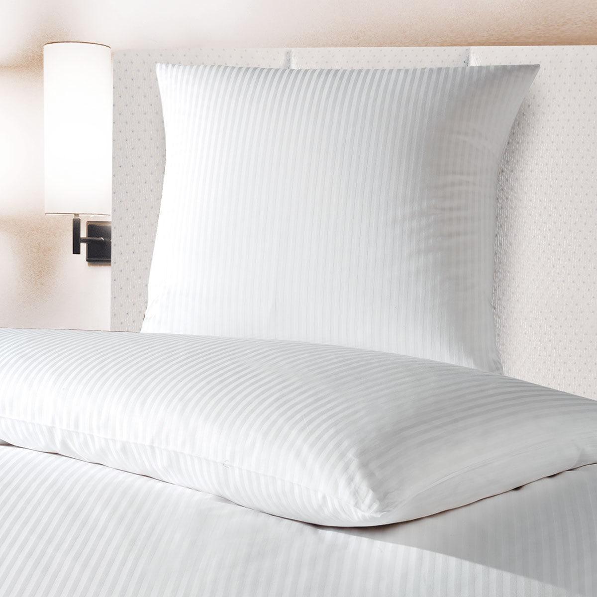 bettwarenshop damast objekt bettw sche larissa 8mm weiss g nstig online kaufen bei bettwaren shop. Black Bedroom Furniture Sets. Home Design Ideas