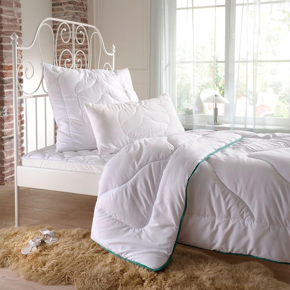 bettwarenshop extra warm bettenset cool touch g nstig online kaufen bei bettwaren shop. Black Bedroom Furniture Sets. Home Design Ideas