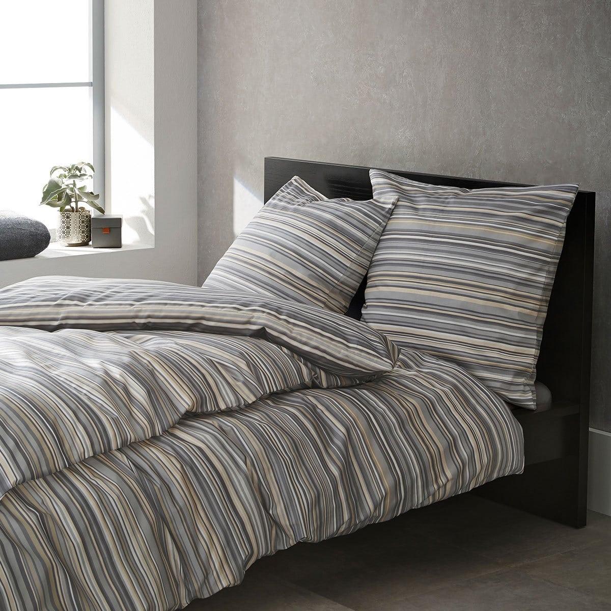 bugatti feinflanell bettw sche 6039 830 g nstig online kaufen bei bettwaren shop. Black Bedroom Furniture Sets. Home Design Ideas