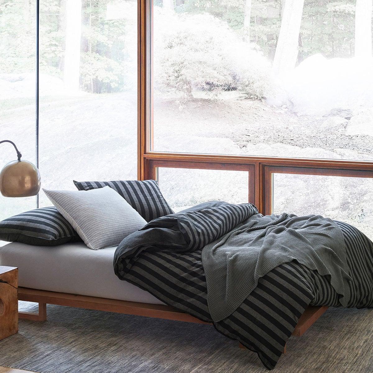 marc o polo flanell bettw sche classic winter stripe g nstig online kaufen bei bettwaren shop. Black Bedroom Furniture Sets. Home Design Ideas