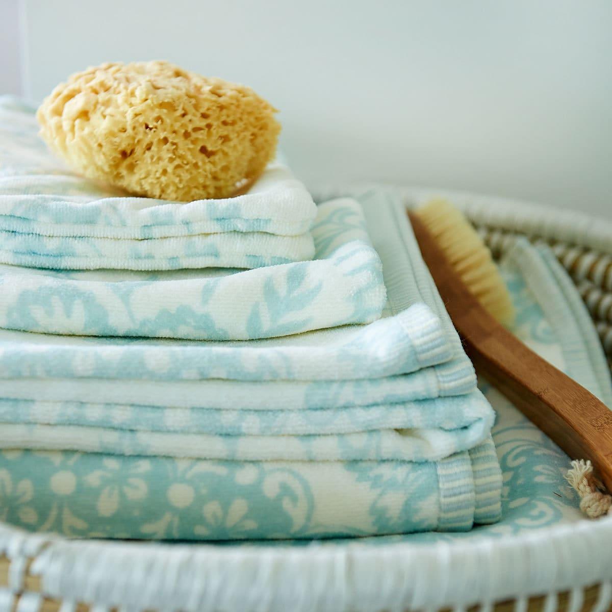 pip studio handt cher lacy dutch blue g nstig online. Black Bedroom Furniture Sets. Home Design Ideas