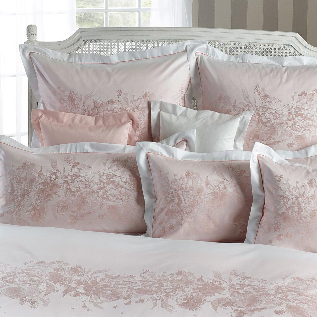 curt bauer mako brokat damast bettw sche mary kamelie g nstig online kaufen bei bettwaren shop. Black Bedroom Furniture Sets. Home Design Ideas