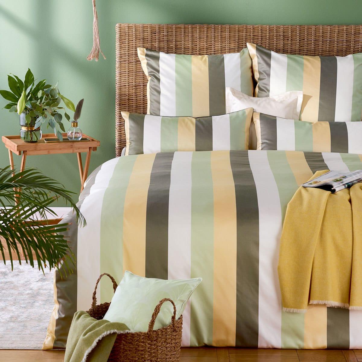 curt bauer mako brokat damast bettw sche montpellier jade. Black Bedroom Furniture Sets. Home Design Ideas