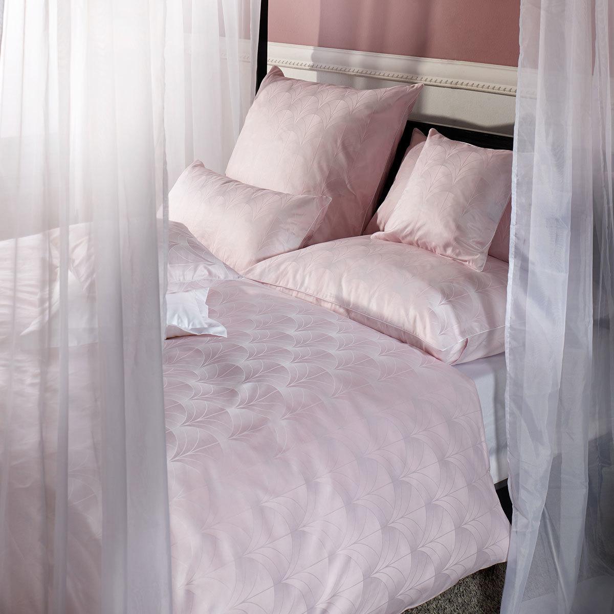 curt bauer mako brokat damast bettw sche toulouse ros g nstig online kaufen bei bettwaren shop. Black Bedroom Furniture Sets. Home Design Ideas