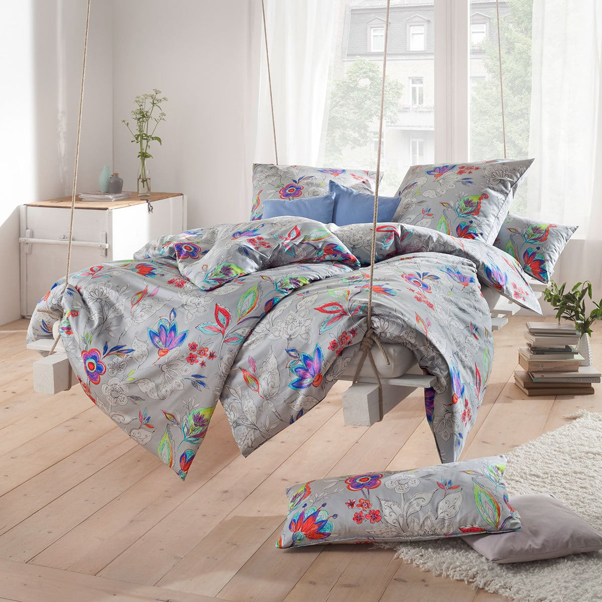 estella mako satin bettw sche luisa silber g nstig online kaufen bei bettwaren shop. Black Bedroom Furniture Sets. Home Design Ideas