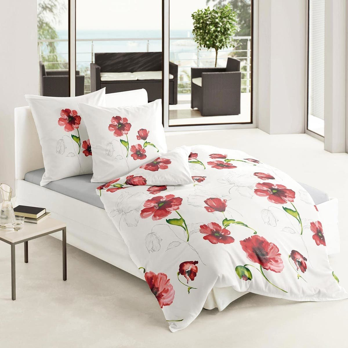 traumschlaf mako satin bettw sche mohnblumen g nstig. Black Bedroom Furniture Sets. Home Design Ideas