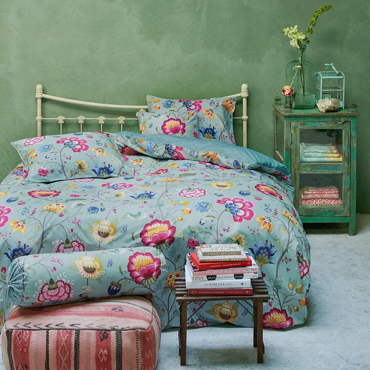 pip studio pip bettw sche floral fantasy ocean blue g nstig online kaufen bei bettwaren shop. Black Bedroom Furniture Sets. Home Design Ideas