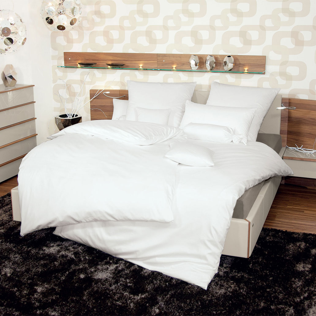 janine schweizer mako satin bettw sche monaco wei g nstig online kaufen bei bettwaren shop. Black Bedroom Furniture Sets. Home Design Ideas