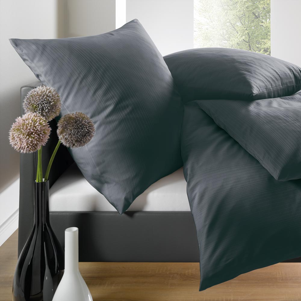 schlafgut uni mako satin bettw sche anthrazit g nstig online kaufen bei bettwaren shop. Black Bedroom Furniture Sets. Home Design Ideas