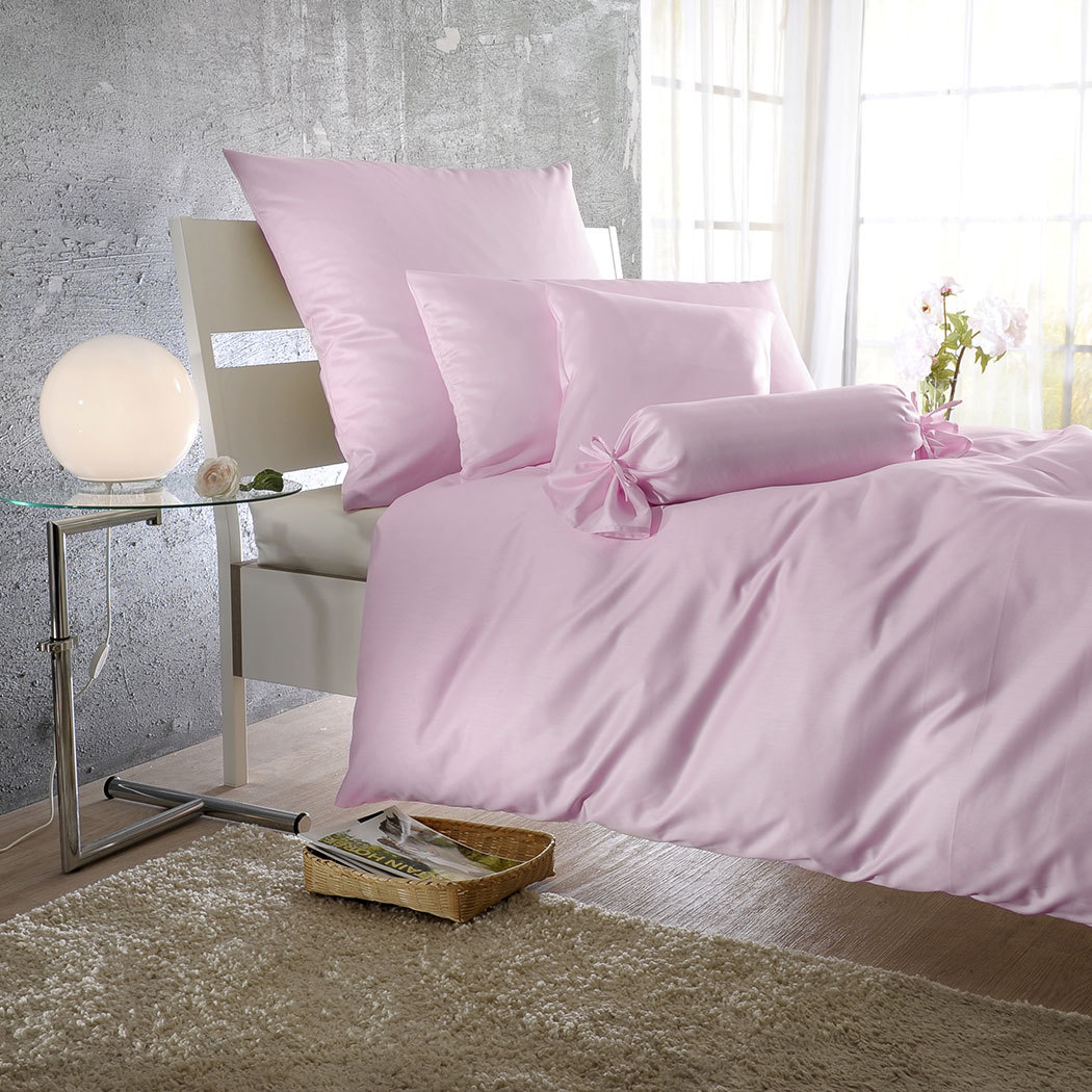 bettwarenshop uni mako satin bettw sche ros quarz g nstig online kaufen bei bettwaren shop. Black Bedroom Furniture Sets. Home Design Ideas