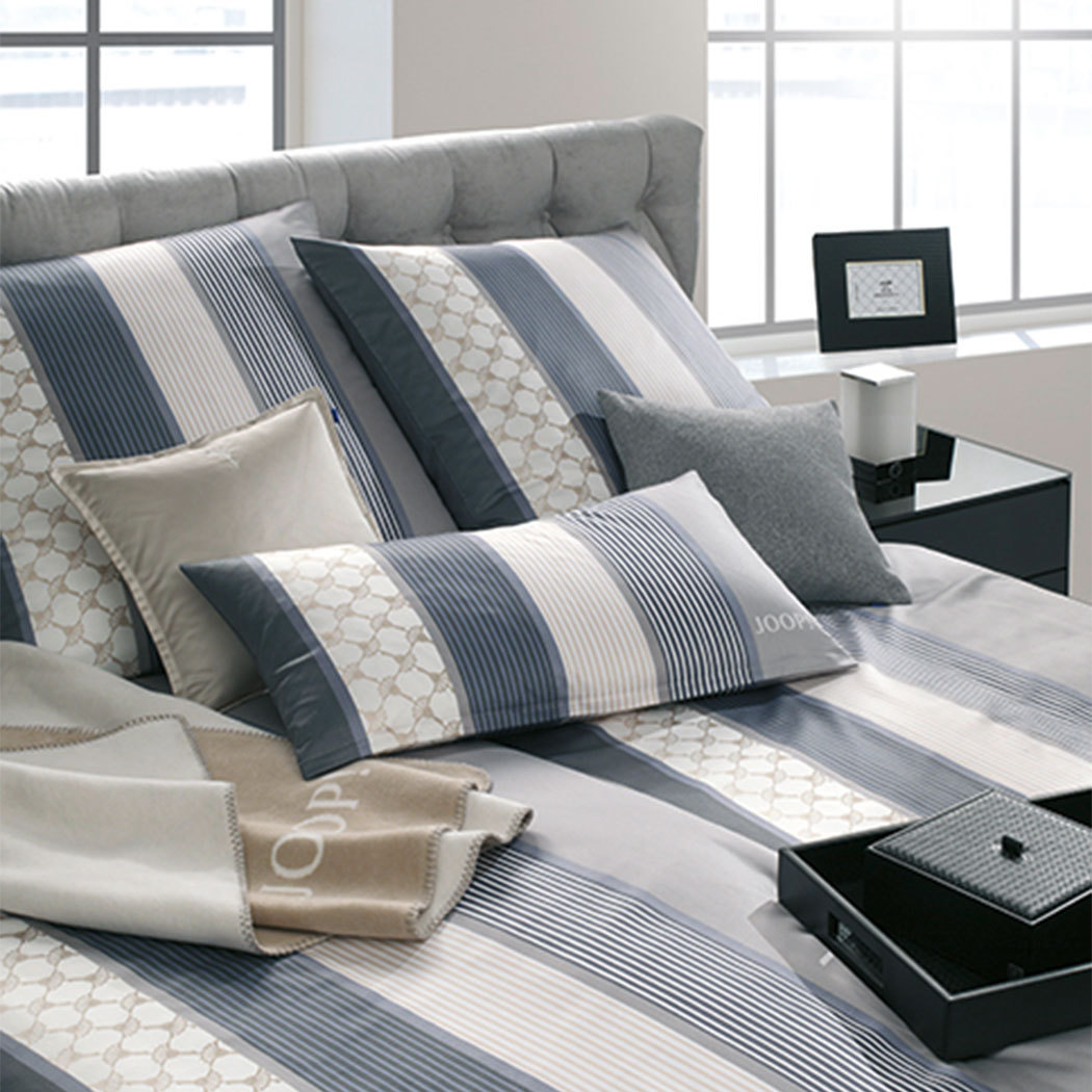 joop bettw sche cornflower stripe deep coal g nstig online kaufen bei bettwaren shop. Black Bedroom Furniture Sets. Home Design Ideas