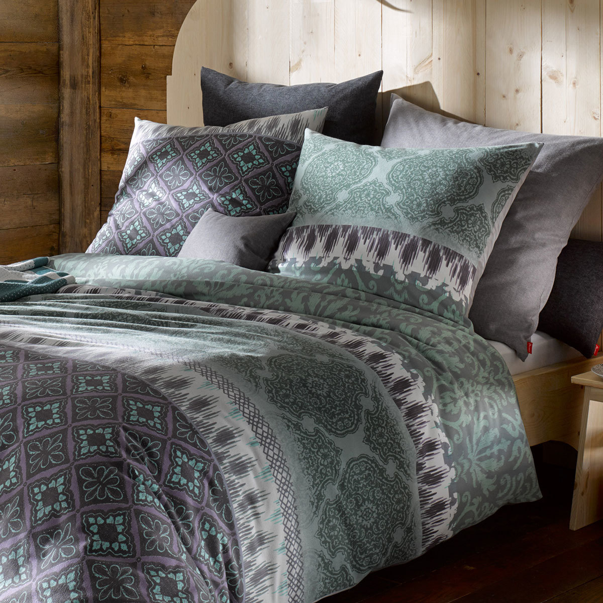 fleuresse biber bettw sche aspen luxus forest g nstig online kaufen bei bettwaren shop. Black Bedroom Furniture Sets. Home Design Ideas