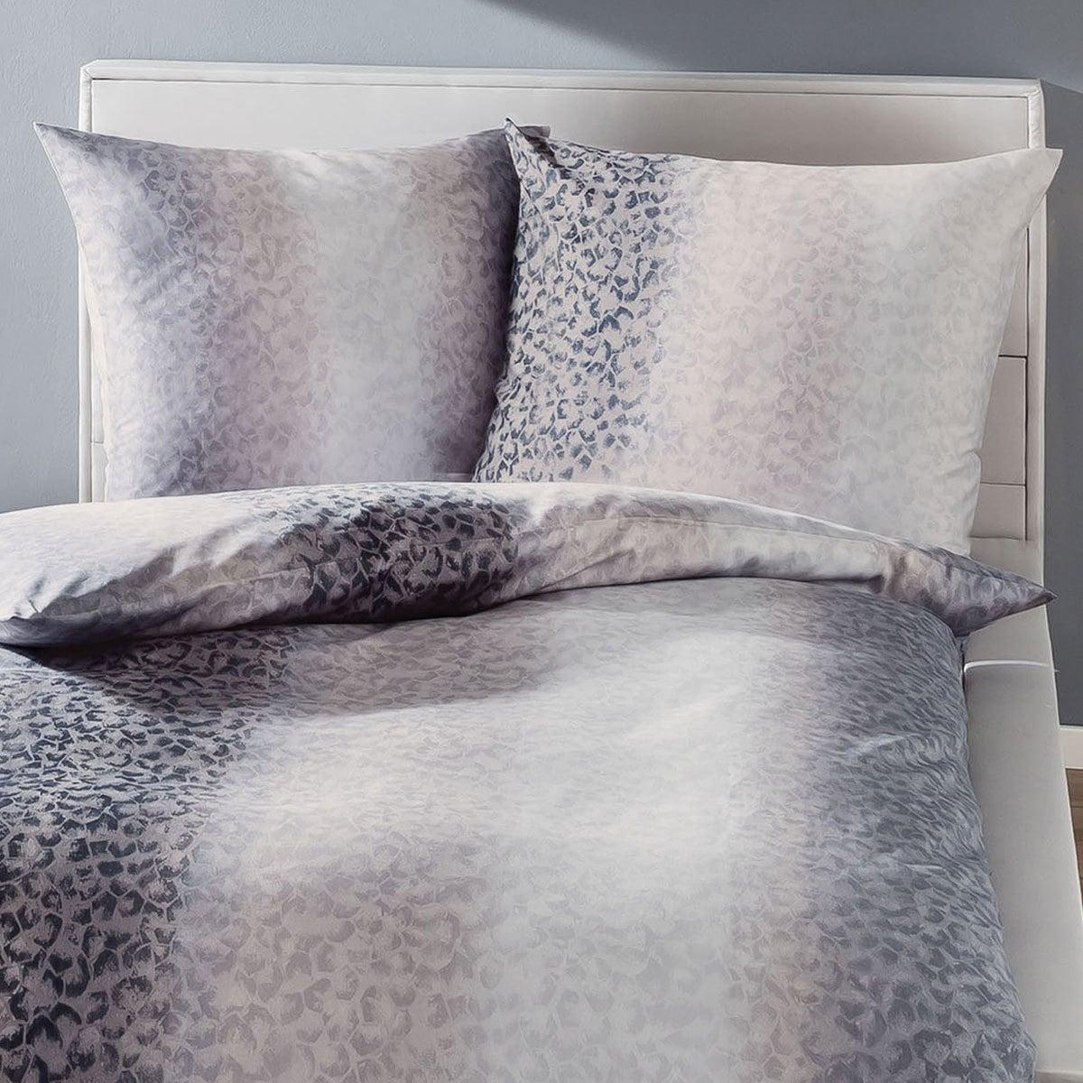 kaeppel biber bettw sche facetten grau g nstig online kaufen bei bettwaren shop. Black Bedroom Furniture Sets. Home Design Ideas