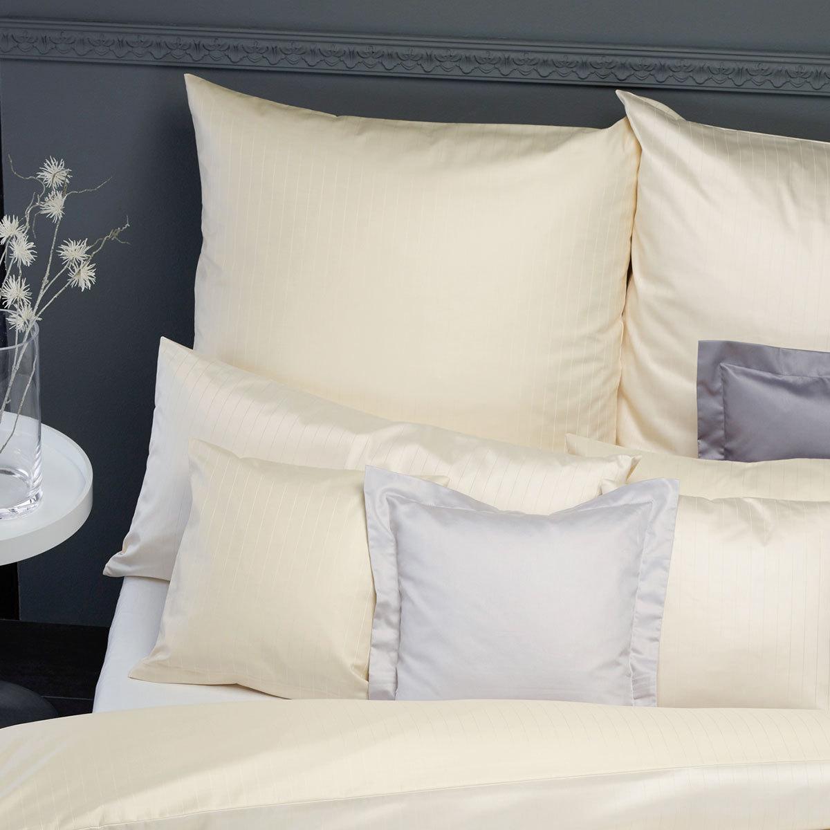 curt bauer damast bettw sche ferrara stroh g nstig online kaufen bei bettwaren shop. Black Bedroom Furniture Sets. Home Design Ideas