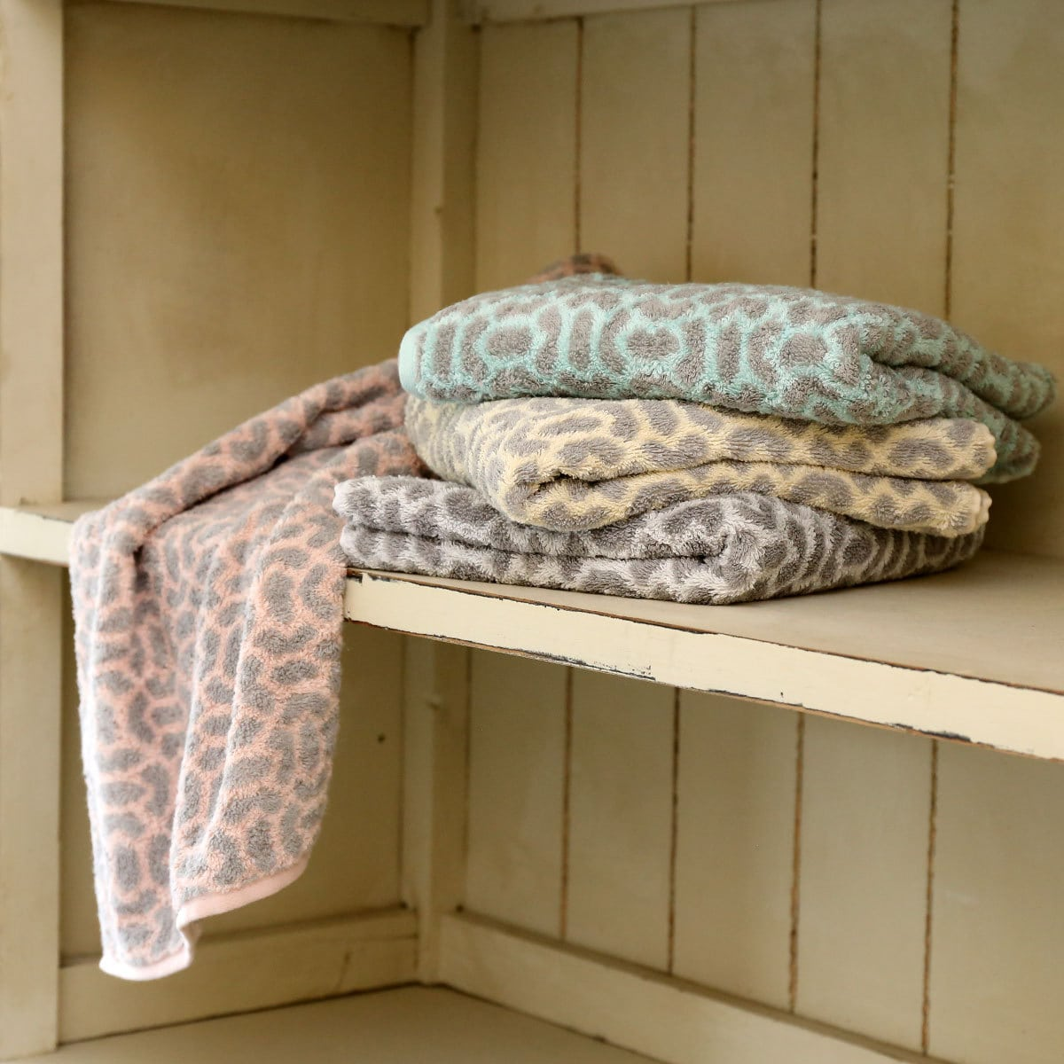 joop frottier handt cher purity ornament rose g nstig online kaufen bei bettwaren shop. Black Bedroom Furniture Sets. Home Design Ideas