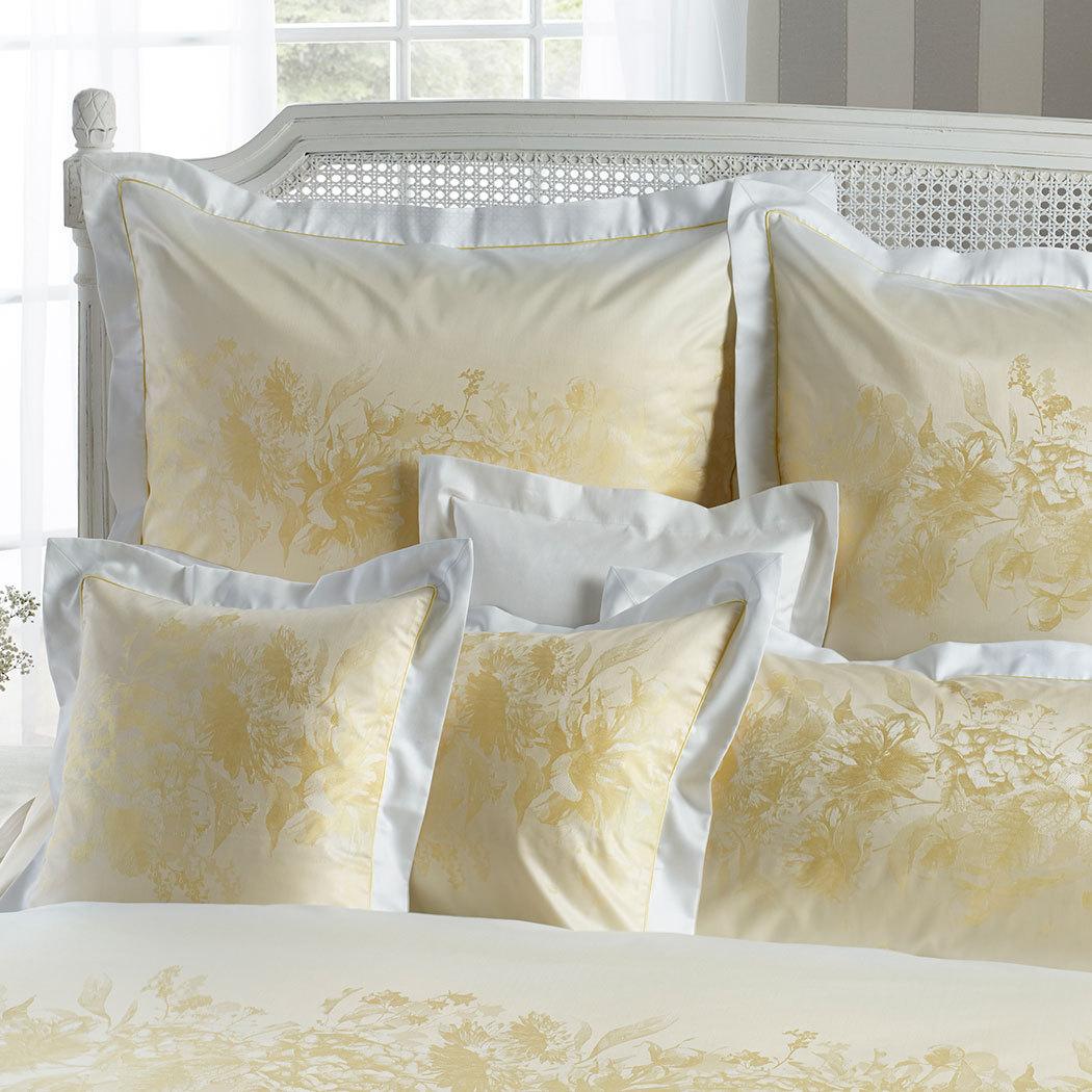 curt bauer mako brokat damast bettw sche mary narzisse g nstig online kaufen bei bettwaren shop. Black Bedroom Furniture Sets. Home Design Ideas