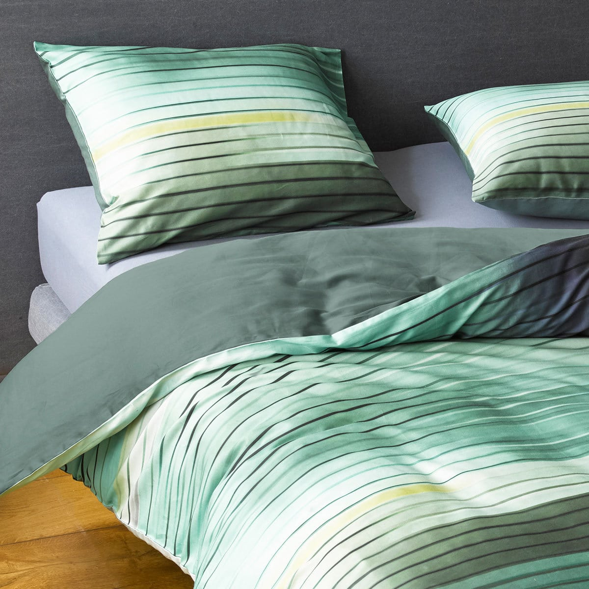 essenza mako satin bettw sche fais green g nstig online. Black Bedroom Furniture Sets. Home Design Ideas