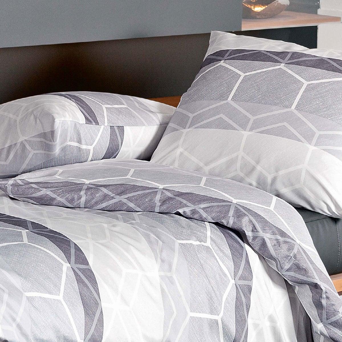 janine mako satin bettw sche moments 98017 08 g nstig online kaufen bei bettwaren shop. Black Bedroom Furniture Sets. Home Design Ideas
