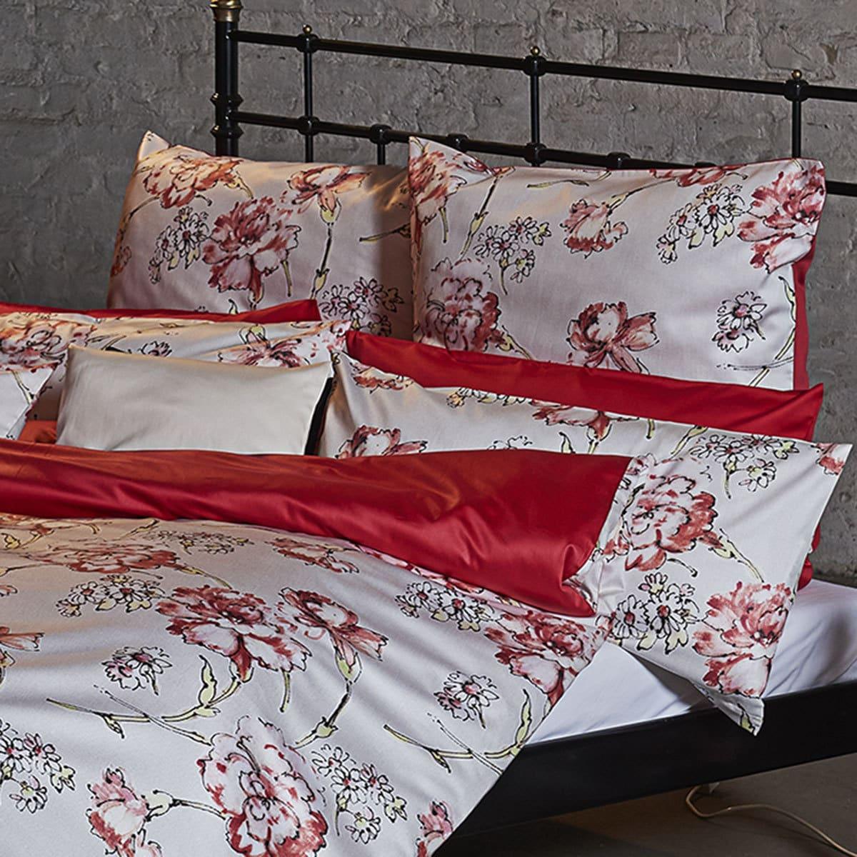 momm mako satin wendebettw sche monza rot g nstig online kaufen bei bettwaren shop. Black Bedroom Furniture Sets. Home Design Ideas