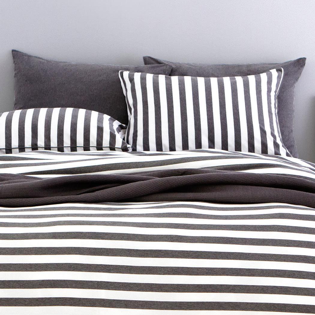 bettwarenshop melange streifen bettw sche anthrazit weiss g nstig online kaufen bei bettwaren shop. Black Bedroom Furniture Sets. Home Design Ideas