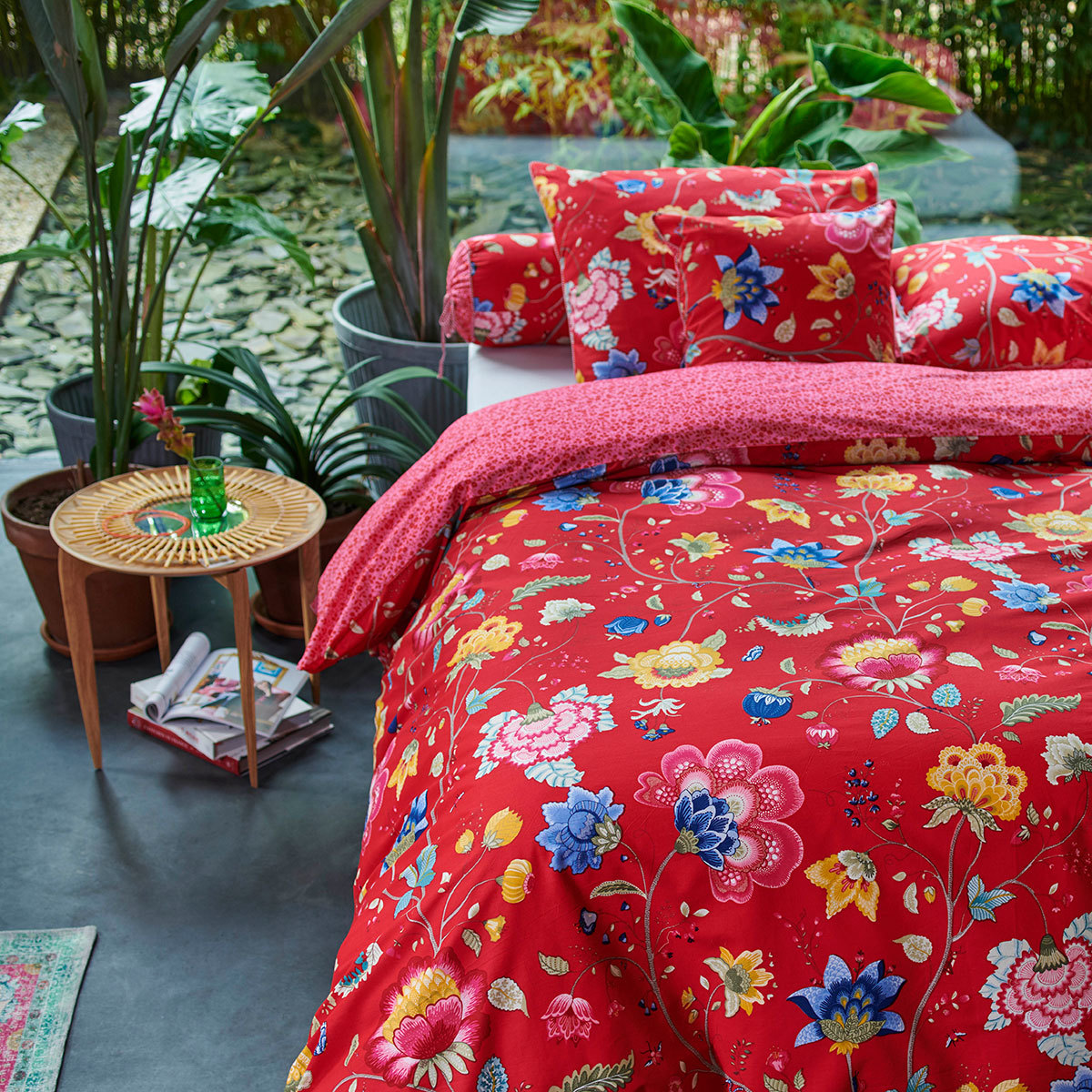 pip studio pip bettw sche floral fantasy red g nstig. Black Bedroom Furniture Sets. Home Design Ideas