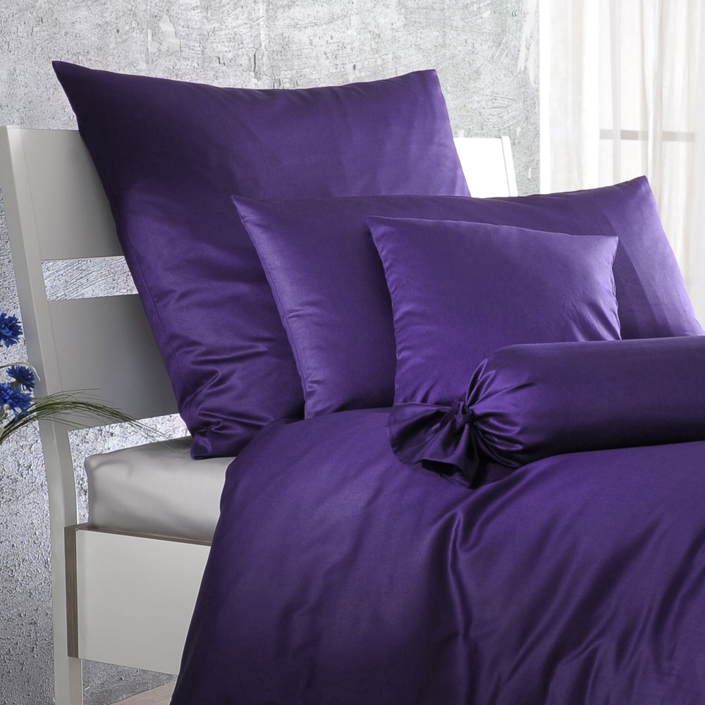 bettwarenshop uni mako satin bettw sche violetta g nstig online kaufen bei bettwaren shop. Black Bedroom Furniture Sets. Home Design Ideas