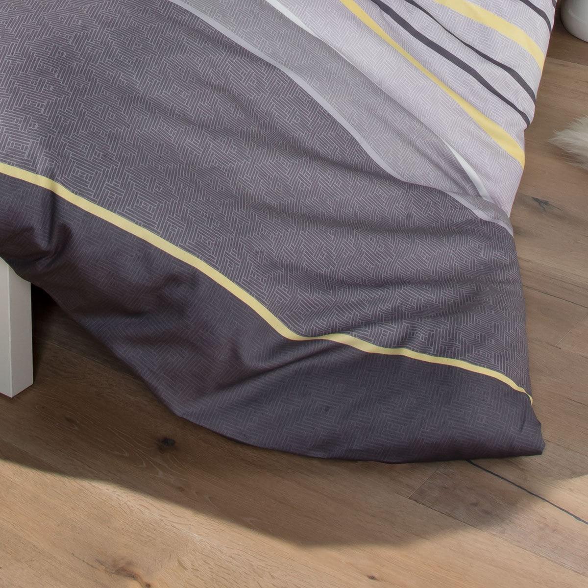 s oliver feinflanell bettw sche z rich grau g nstig online kaufen bei bettwaren shop. Black Bedroom Furniture Sets. Home Design Ideas