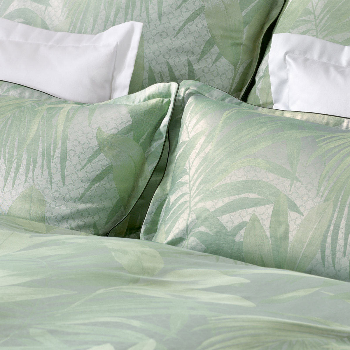 curt bauer mako brokat damast bettw sche cannes gr n. Black Bedroom Furniture Sets. Home Design Ideas